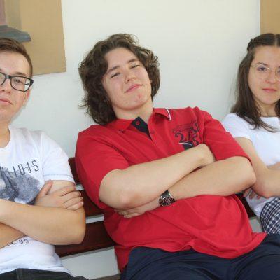 Menő fiatalok