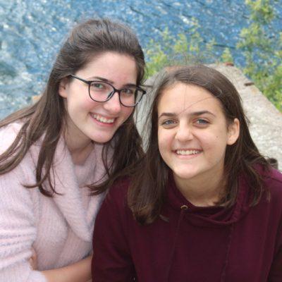 Rebeka és Eszter