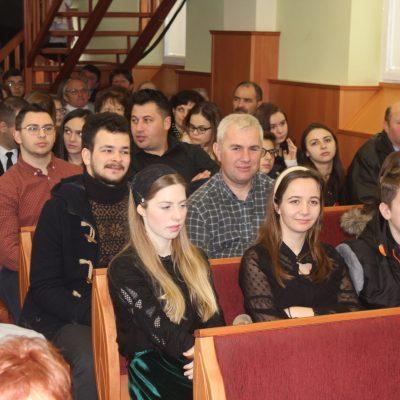 Teltház a gyülekezetben